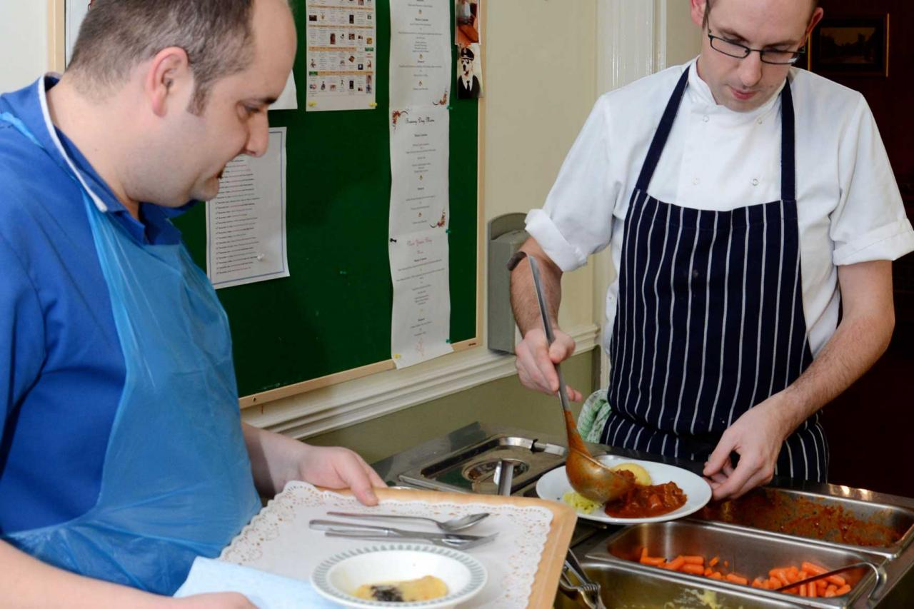 Hot Meals from Allenbrook Care Home Fordingbridge