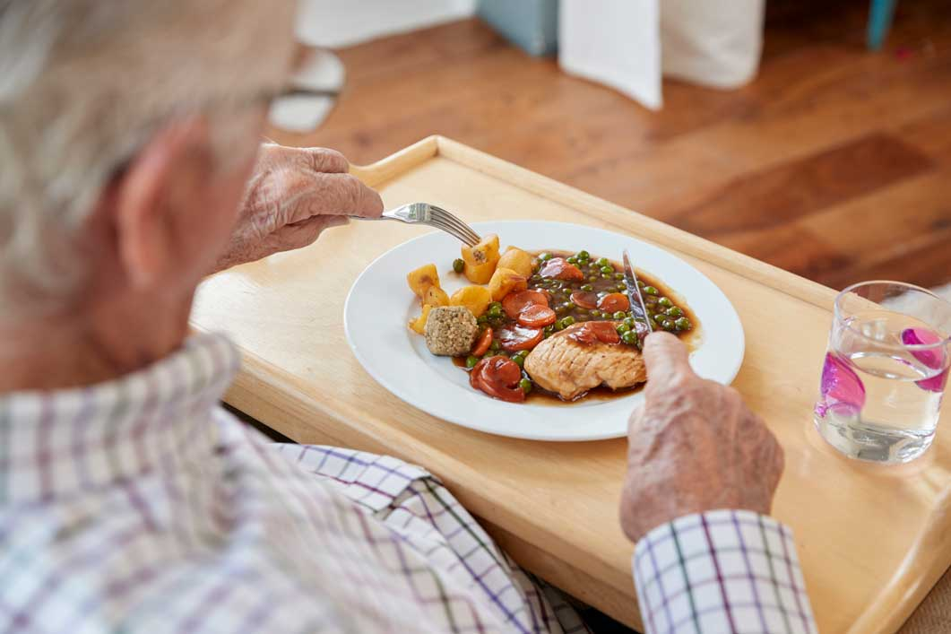 Dining at Allenbrook Care Home Fordingbridge